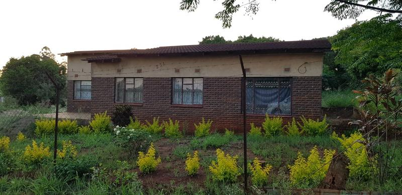 Property For Sale in Tshisahulu, Thohoyandou Rural 4