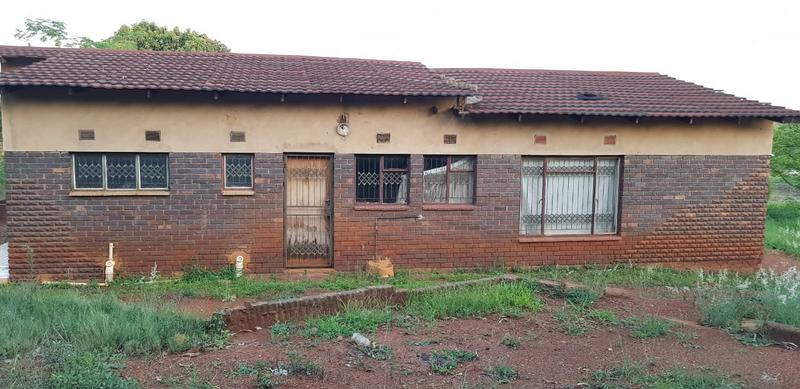 Property For Sale in Tshisahulu, Thohoyandou Rural 2